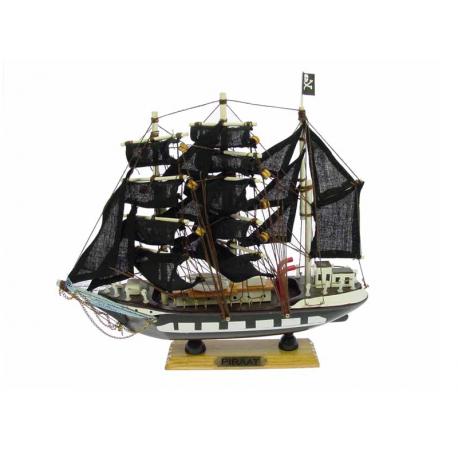Piraadi laev