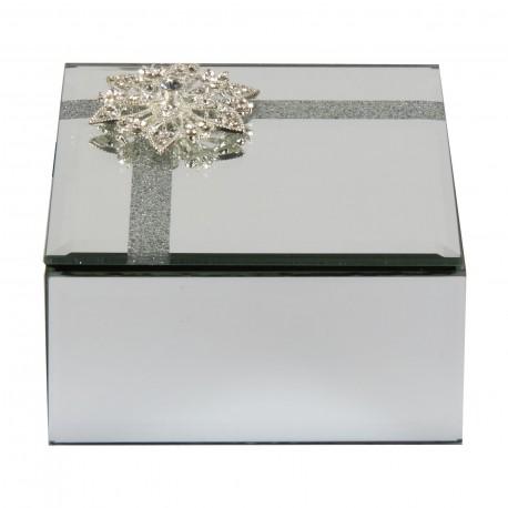 Ehtekarp pärlitega lill